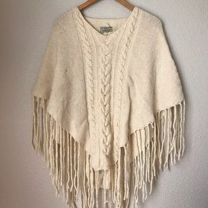BURBERRY LONDON Wool Cable Knit Poncho